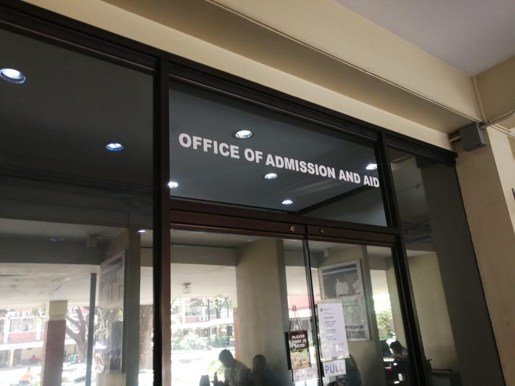 アテネオ大学(Ateneo de Manila University)のオフィス