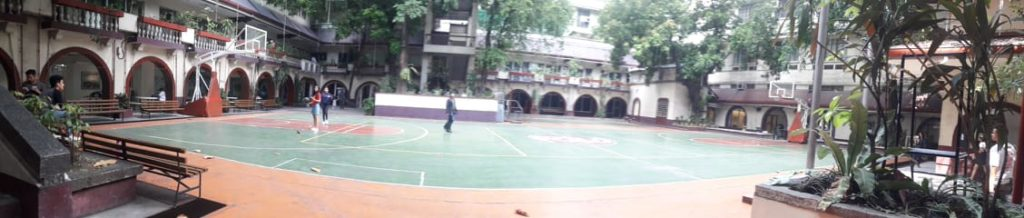 フィリピン女子大学(Philippine Women's University)のグラウンド