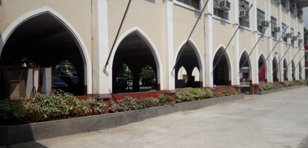 サンベダ大学(San Beda College )の校舎