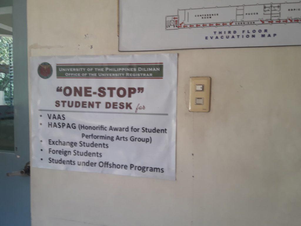 フィリピン国立大学ディリマン校(University of the Philippines Diliman)のオフィス