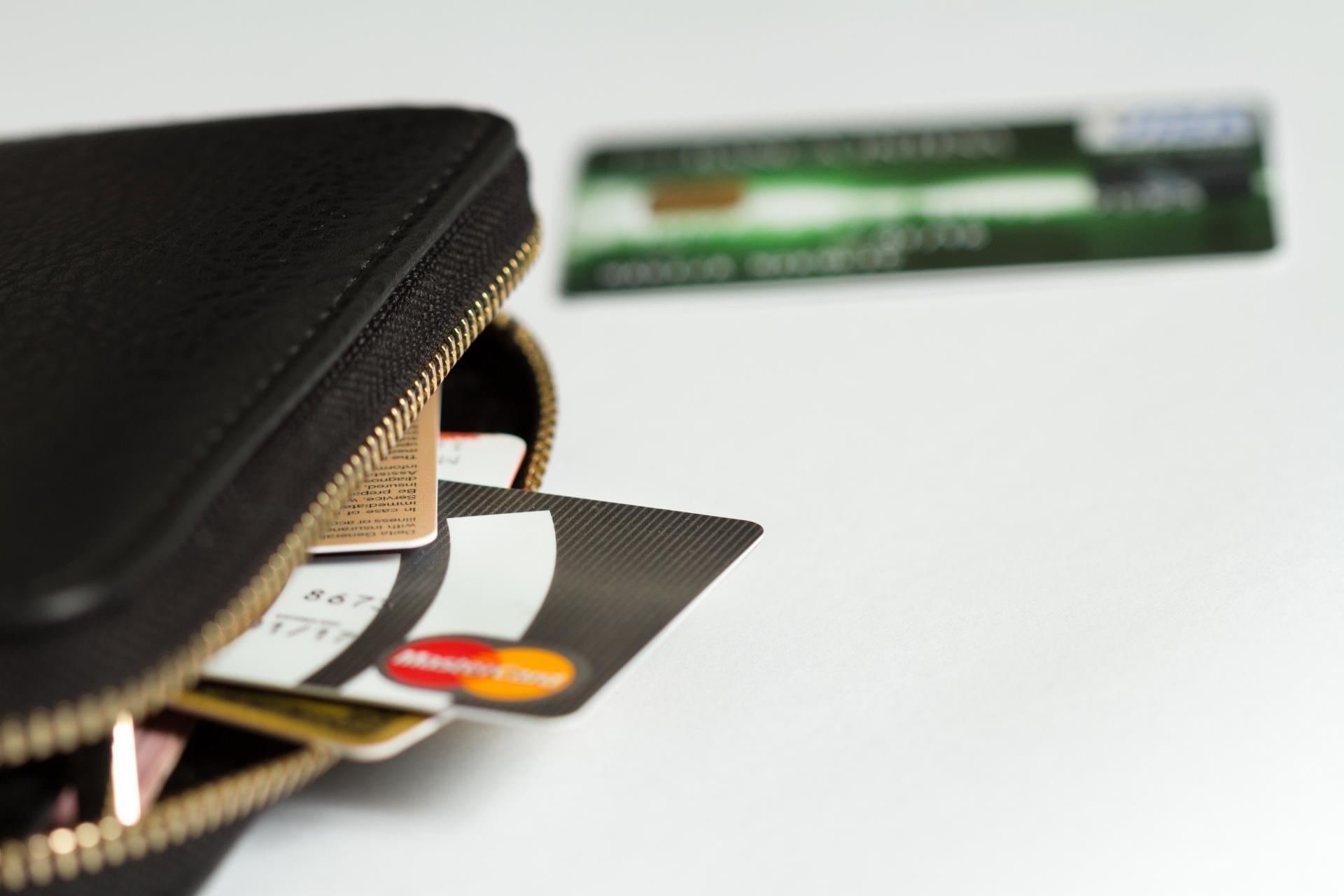 フィリピン留学に必須のクレジットカード