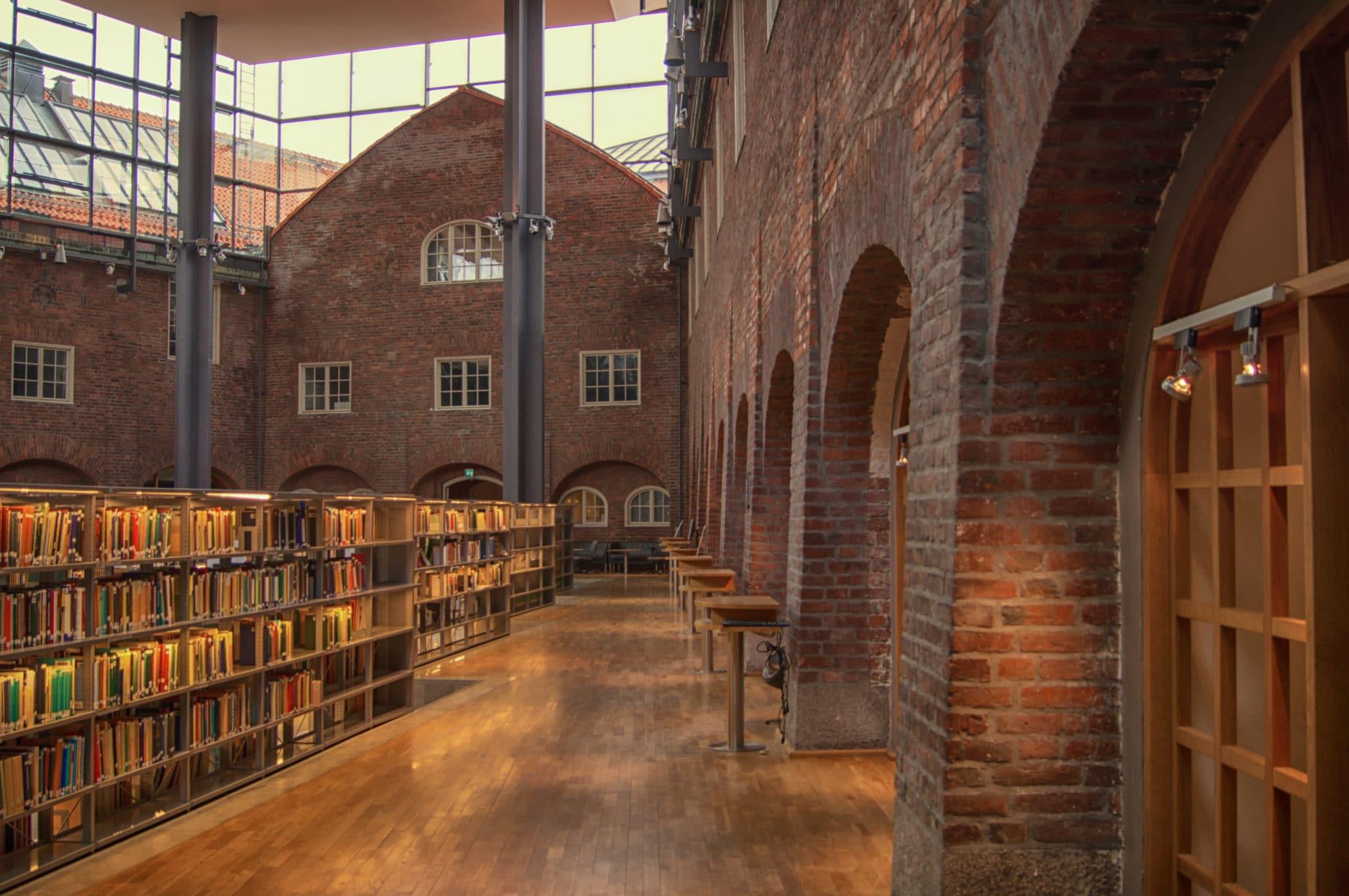 社会人留学:海外大学の図書館