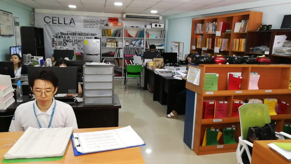 CELLA (Cebu English Language Learning Academy)の受付