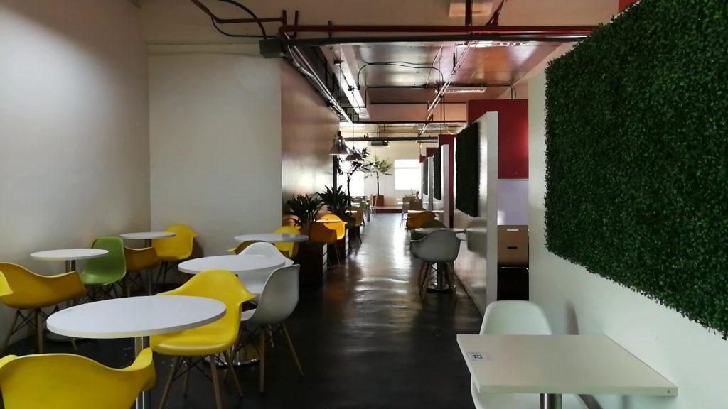 アイデア アカデミア(IDEA ACADEMIA)の廊下