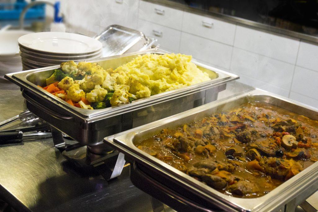 【フィリピン留学】学校選びで重要なポイント⑤:食事