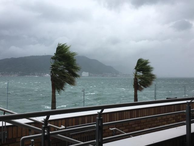 フィリピンの台風シーズンに注意