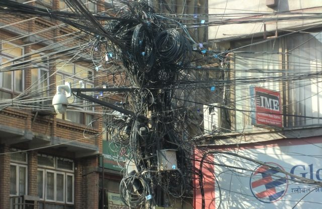 セブ島(フィリピン)の電圧は220V 60Hz