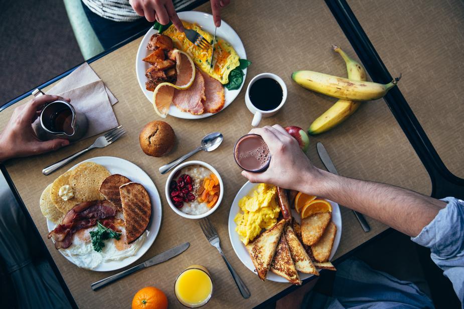 フィリピンですぐに使えるタガログ語⑥:食事の時
